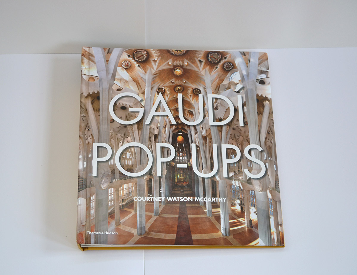 Gaudi pop ups cover lo res